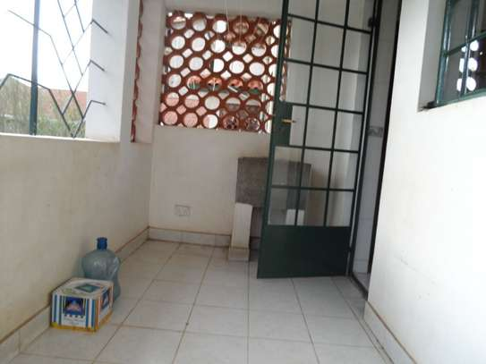 Lavington - Flat & Apartment image 4