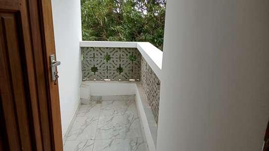 Three bedroom apartments to let at nyali Mombasa Kenya image 6
