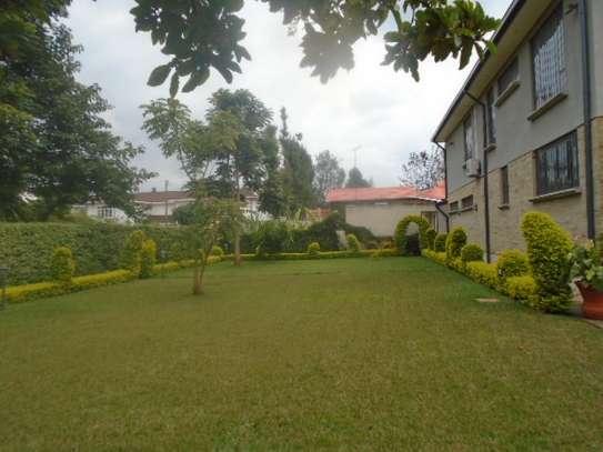 5 bedroom house for rent in Runda image 19