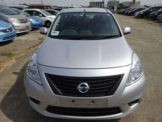 Nissan Tiida image 4
