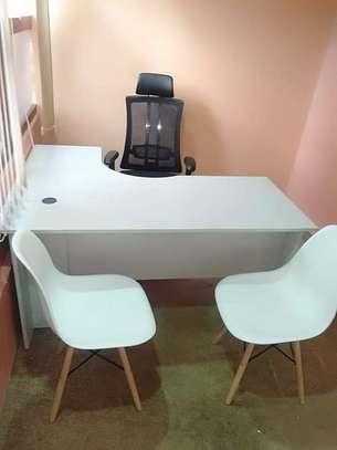 L shape Reception desk image 8