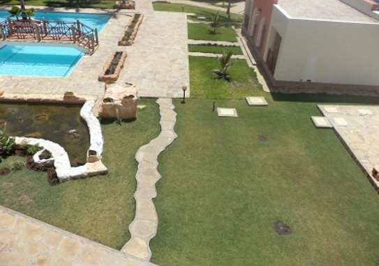 3 br furnished Royal Beach Apartment For Rent In Nyali-Mombasa ID 925 image 14