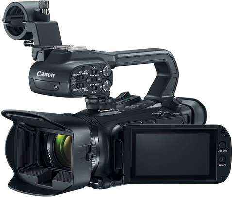 Canon XA15 Compact Full HD Camcorder image 1