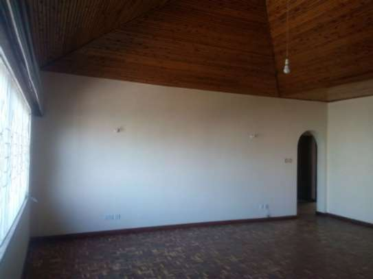 Elegant 3 Bedrooms Apartment To Let in Kilimani image 3