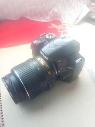 Nikon d3200 with 18-55mm lens image 5