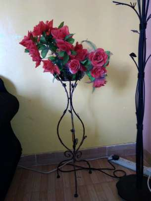 Flower vase with flowers