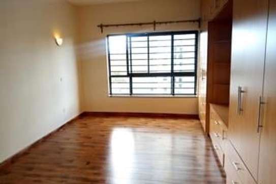 Furnished 3 bedroom apartment for rent in Rhapta Road image 14