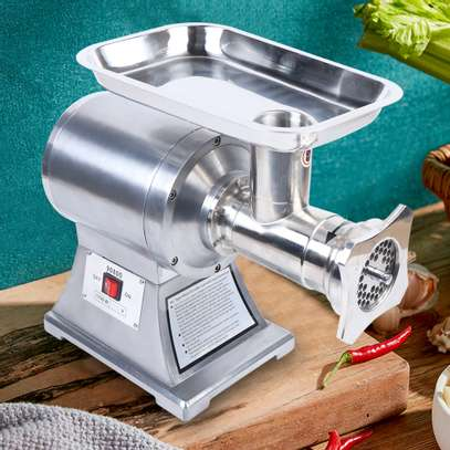 The meat grinder is perfect for butcheries and supermarkets, chinese restaurant, delis and pizza shops. image 2