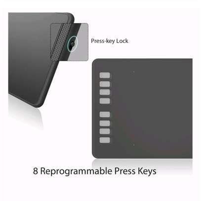 HUION H950P Graphics Pen Tablet with Battery-Free Pen & Tilt image 5