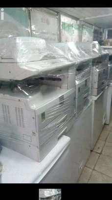 Photocopies machine ricoh mp 2000 image 1