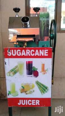 Sugarcane Juicer Machine With Stand image 2