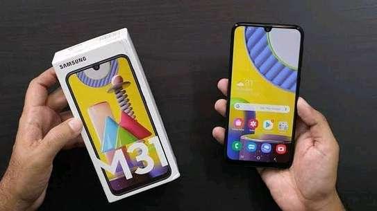 Samsung M31 image 1