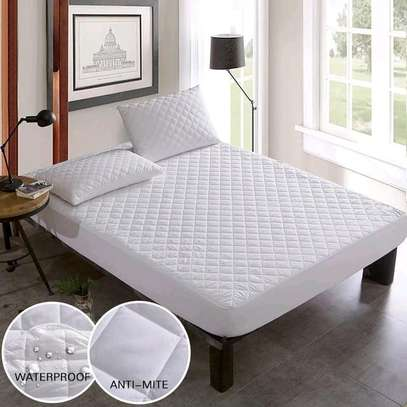 White quilted waterproof mattress protector image 1