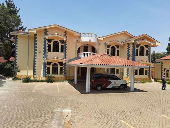 22 bedroom townhouse for rent in Gigiri image 1