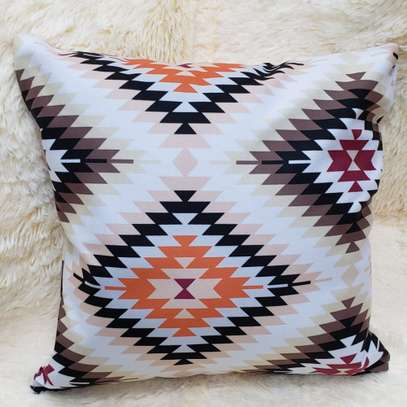 Affordable throw pillow image 6
