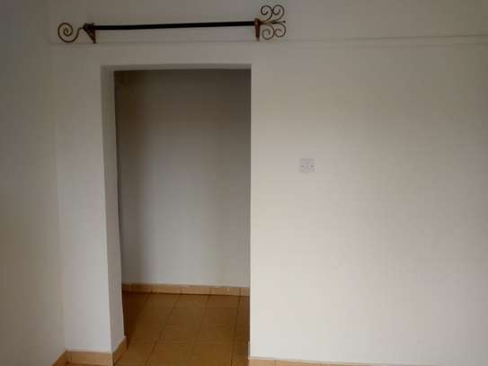 3 BEDROOM HOUSE TO LET image 6