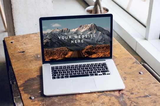Macbook pro retina core i5 image 1