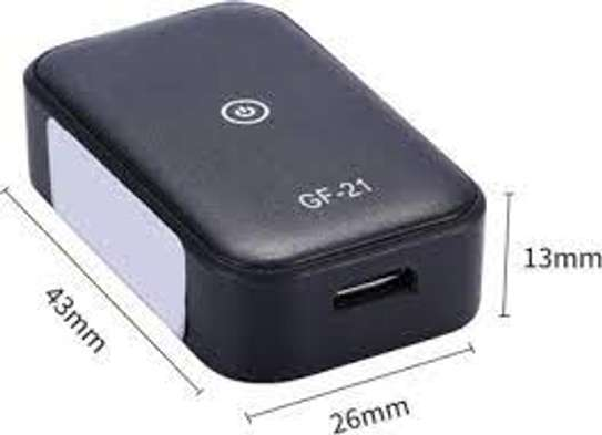 F-21 GPS Locator Tracker Real Time Tracking Historical Tracor 2020 hot selling mini gps tracking device image 1