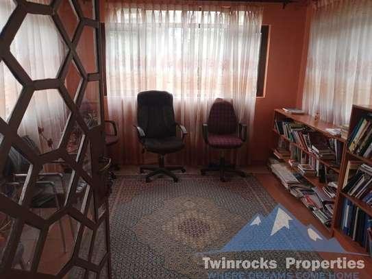 Furnished 3 bedroom house for rent in Karen image 19