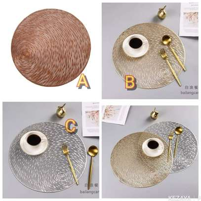 Wooven table mats image 2