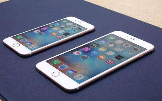 iPhone 6s 64gb brand new image 2