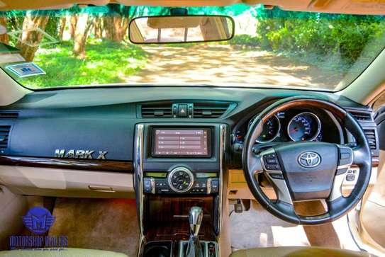Toyota Mark X image 10