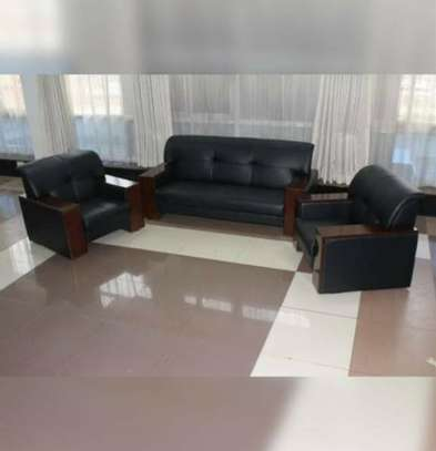 Office sofa and lobby seating Leather image 1