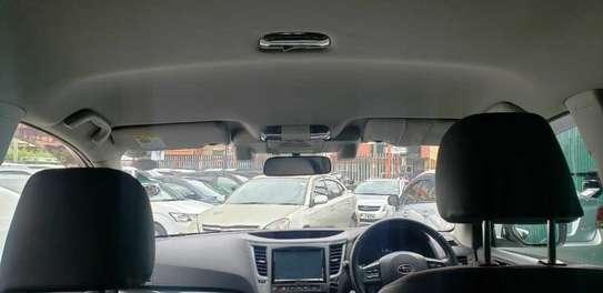 Subaru Legacy Outback image 4