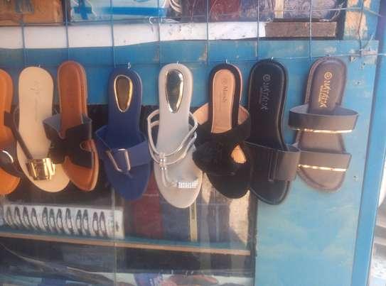 Classic ladies sandals image 3