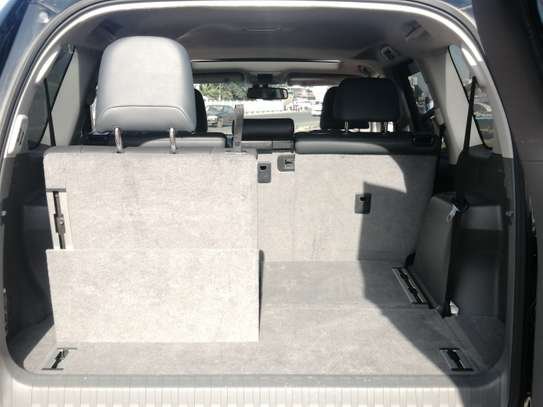 Toyota Prado TX 2013 with Sunroof and leather seats image 6