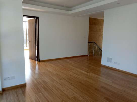 Executive 4 Bedroom Townhouse For Rent In Garden Estate  At Kes 225K image 4
