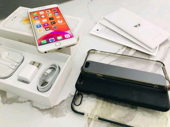 Apple Iphone 6s Plus [ 128 Gigabytes ] With Charging Pad image 3