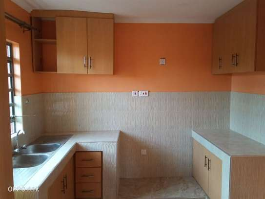 2 bedroom house for rent in Kitengela image 9
