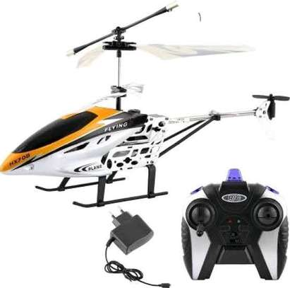 Remote controlled helicopter image 1