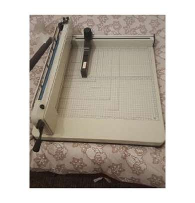 A4 Heavy Duty Paper Cutter Guillotine image 2