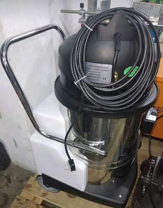Shampoo cleaning machine