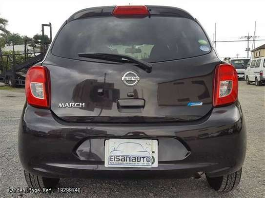 Nissan March image 8