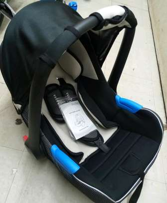 3 in 1 carrycot 4.50 image 1