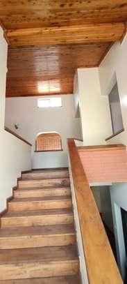 5 bedroom house for rent in North Muthaiga image 10