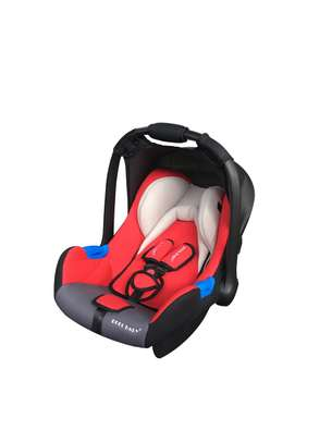 Baby Carrycot/Carseat image 3