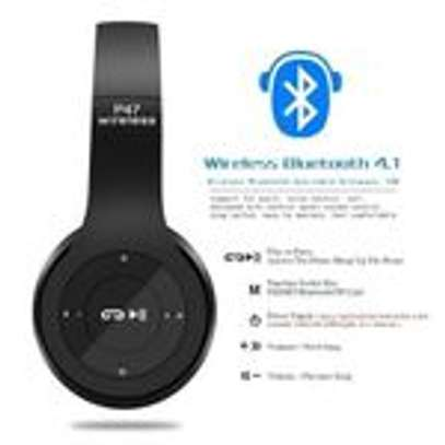 P47 Bluetooth Headphone Wireless Support TF Card - Red image 4