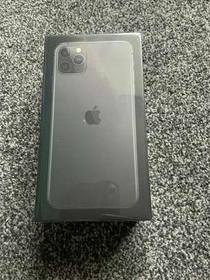 Apple iPhone 11 Pro Max - 64GB - Space Grey (Unlocked) original sealed box
