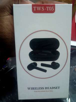 T05 TWS Wireless Bluetooth earphones headsets image 2