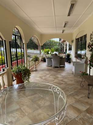 5 bedroom house for rent in Gigiri image 14
