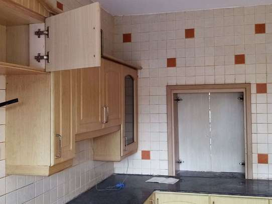 Riverside - Flat & Apartment image 7