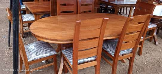 6 Seater Oval Table
