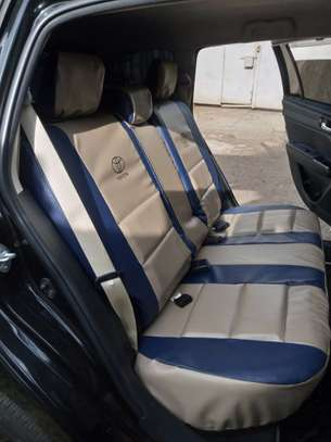Fitting Car Seat Covers image 9