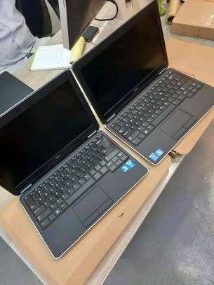 Dell Latitude E7240 Ultrabook PC - Intel Core i5-4300U  4GB 128GB SSD Win10Pro+Ms Office2019 (Latest) image 2