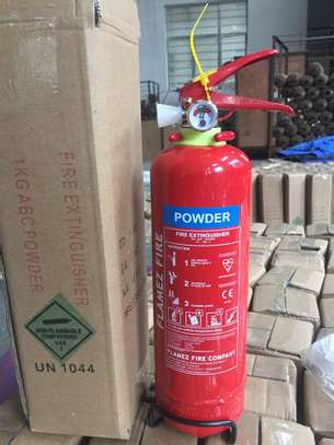 Portable fire extinguisher at wholesale prices .we are giving a special discount on fire extinguishers - image 1