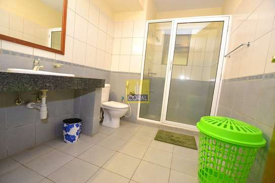 3 bedroom apartment for rent in Parklands image 9